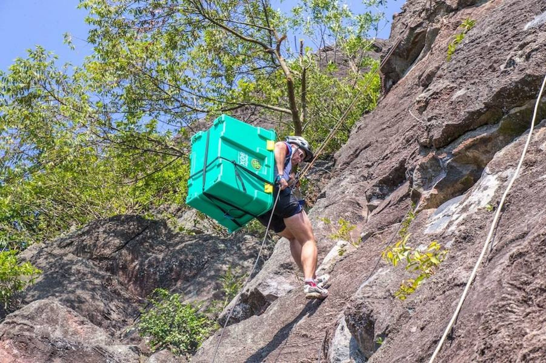 ShelterBox - Do Your Own Thing - Rappelling