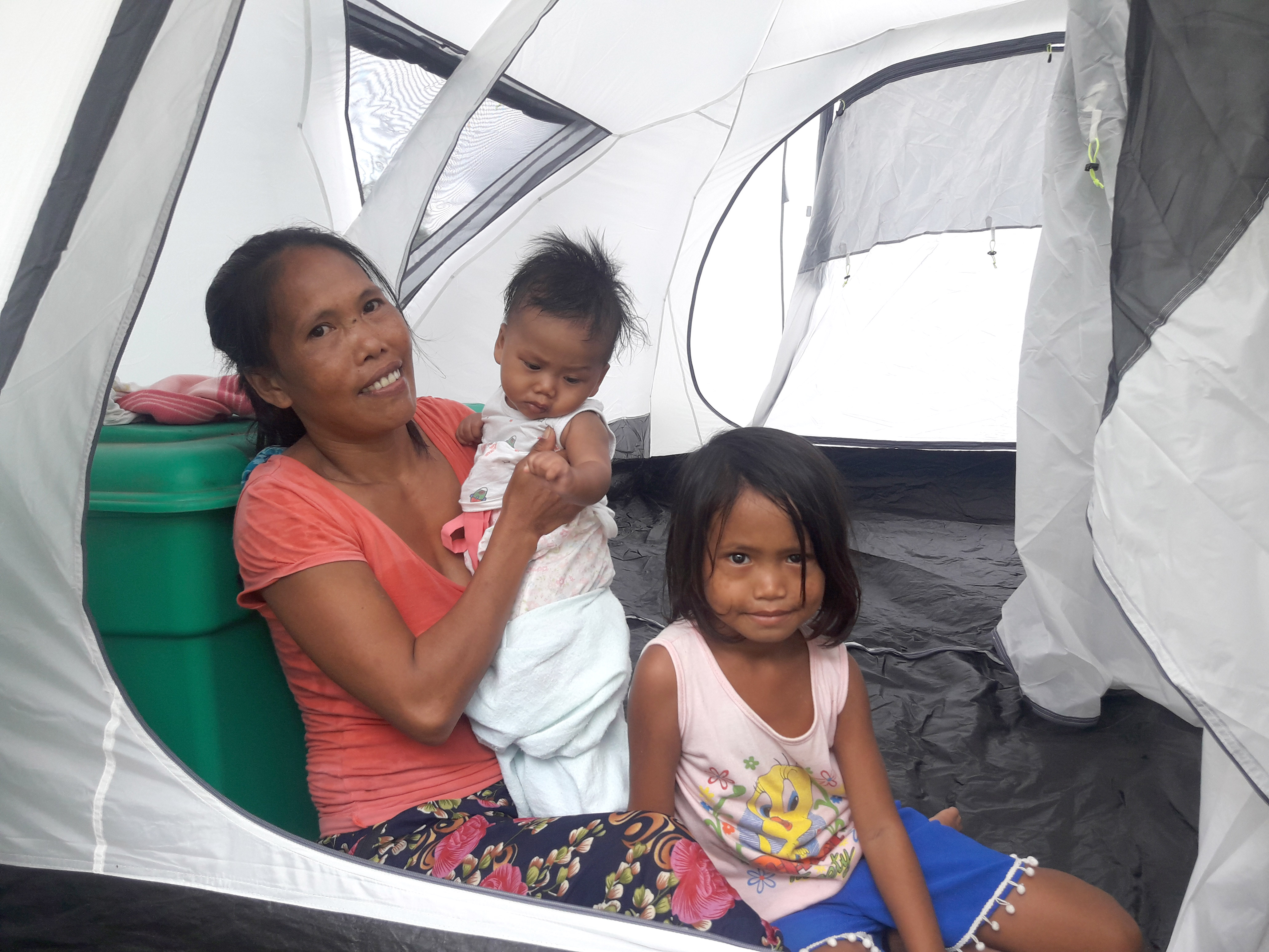 ShelterBox in the Philippines - A family receives a tent in 2018