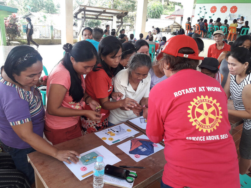 Rotary Team member assisting Filipinos after the tropical storm in 2019