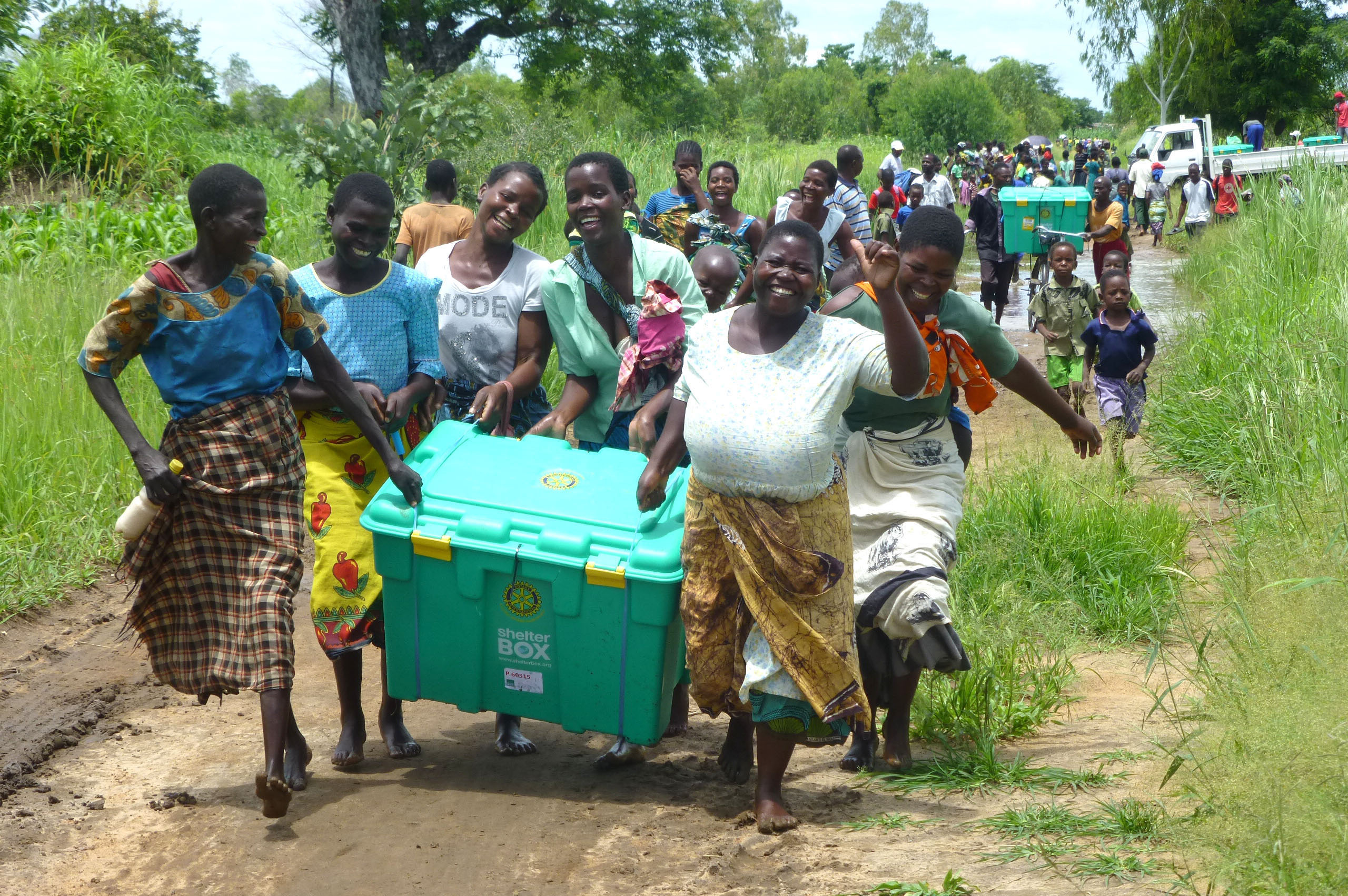Malawians receiving Shelterboxes